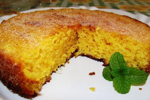 Resultado de imagem para bolo de milho lata